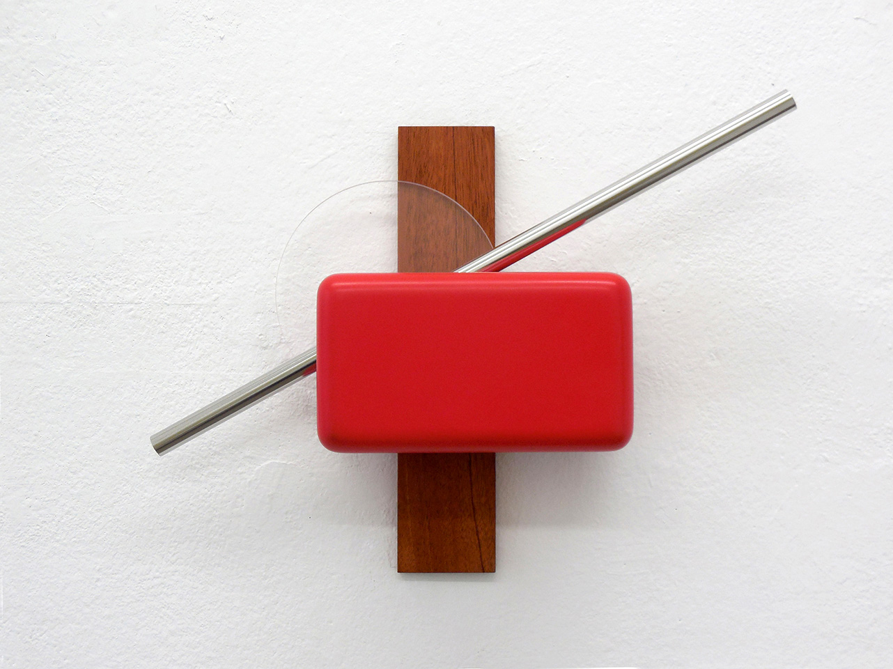 «Shapes for a perfect world. Shape 2», 2017, Mahogany, steel, acrylic glass, painted and polished MDM, 32 x 50 x 11,6 cm