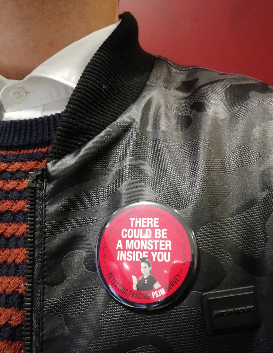 «There Could Be A Monster Inside You. Detecting Fascism PSJM Survey », 2019, Participatory performance, Edition of badges.