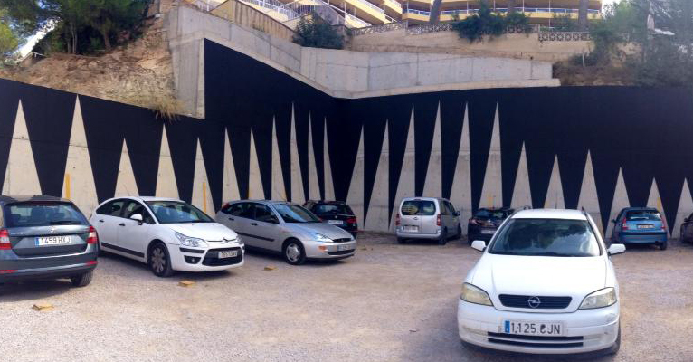 «Car registration in Spain from 1990 to 2013», Mural intervention in a parking lot, Santa Ponça, Mallorca, 2014.